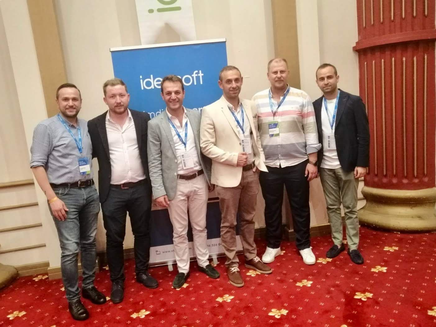 Soldan Sağa; İbrahim Özer, Özkan Gözütok, Fatih Çalışkan, Seyhun Özkara, Görkem Özdemir, Kerem Kaya