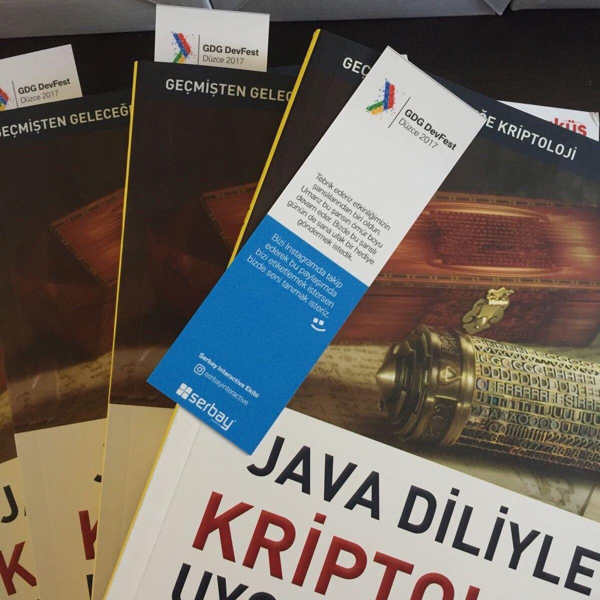Etkinliğimizin şanslılarına Hüseyin Bodur'un Java Diliyle Kriptoloji Uygulamaları kitabını hediye ettik.
