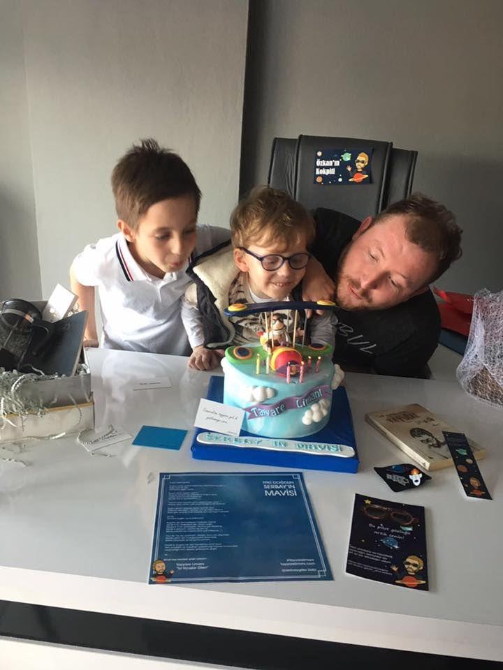Kreatif Direktörümüz Özkan'ın doğum gününden...
